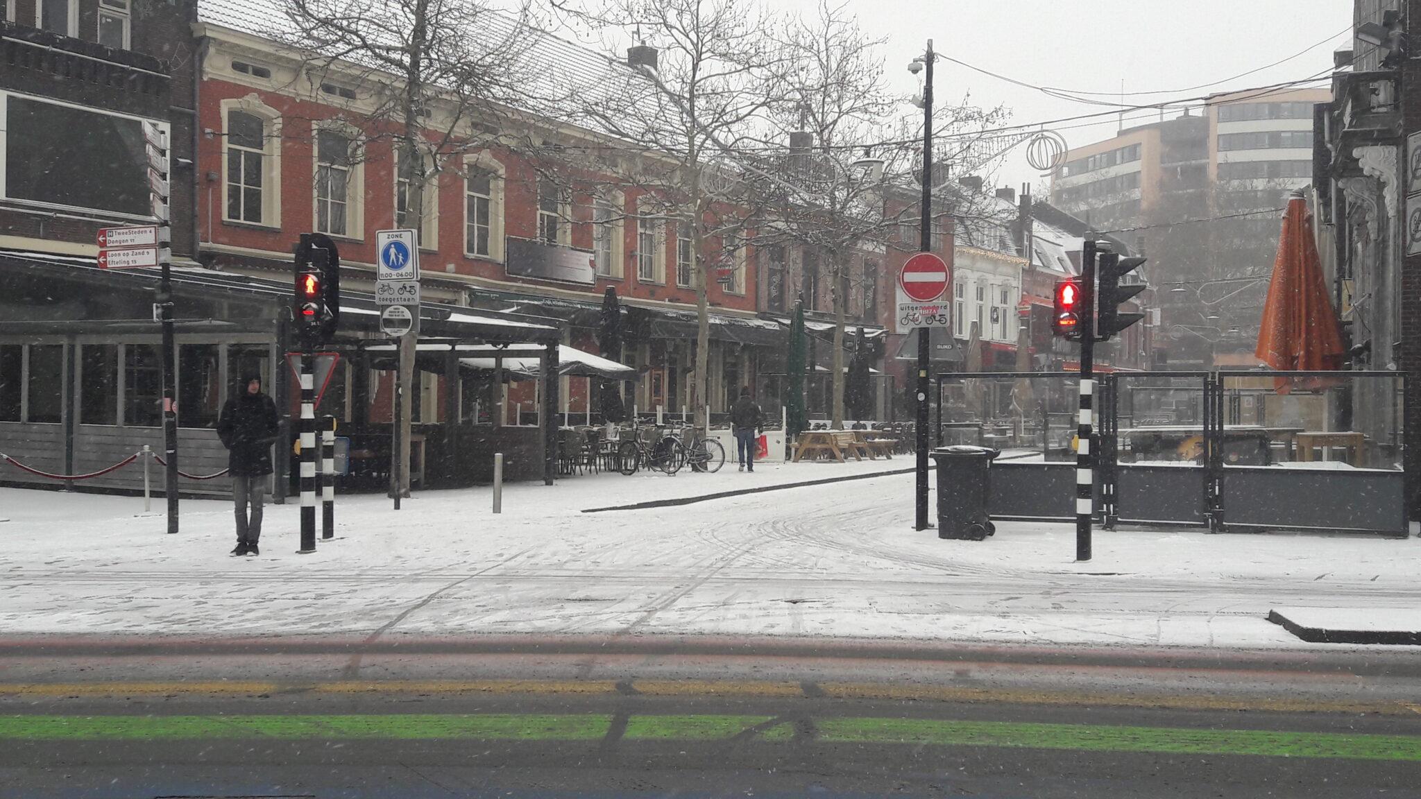 Korte Heuvel sneeuw