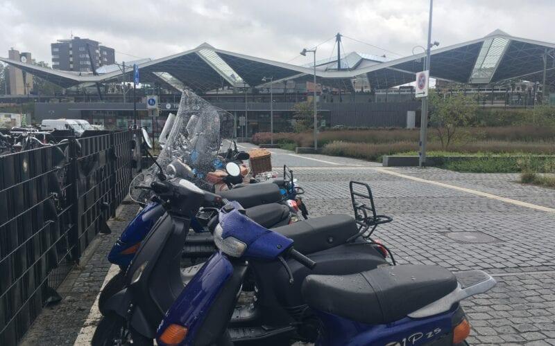 Scooters Tilburg parkeren
