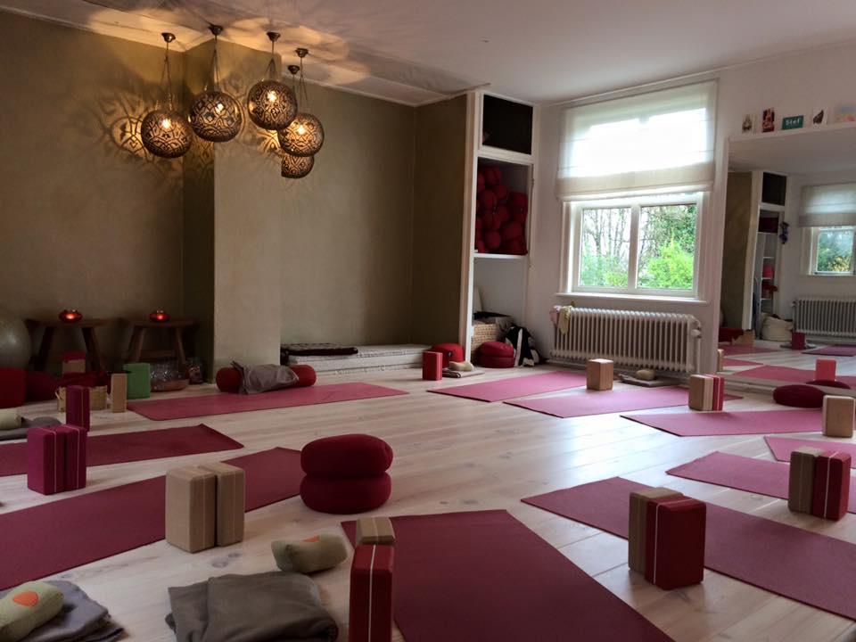 Yoganesh Yoga & Yogatherapie