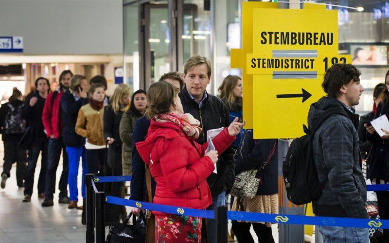 Stembureau stemmen Utrecht