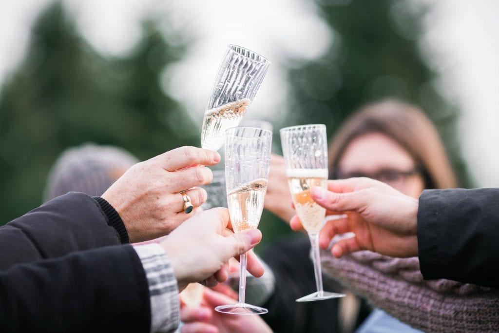 prosecco champagne