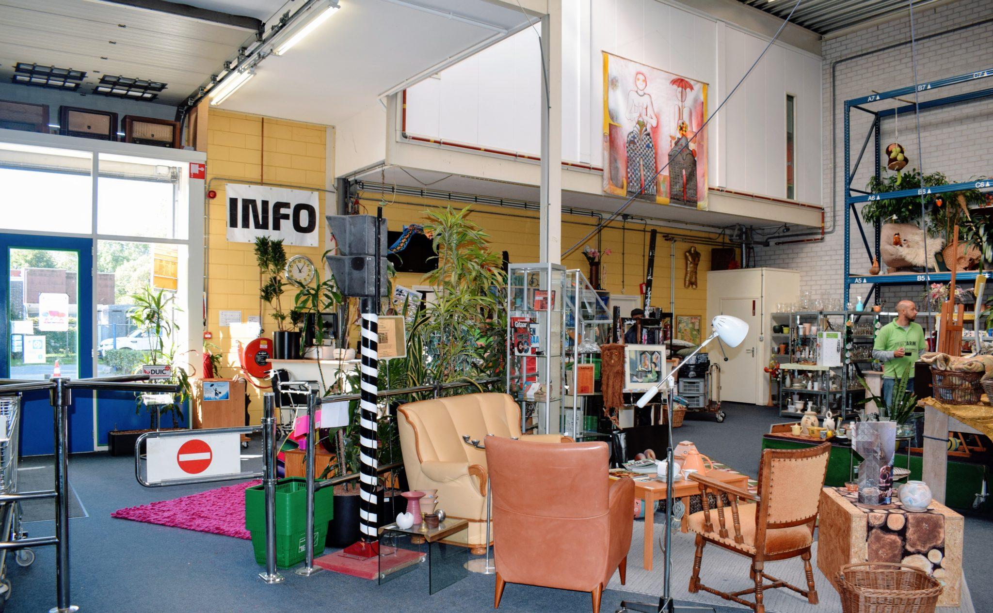 Kringloopwinkel Hoograven