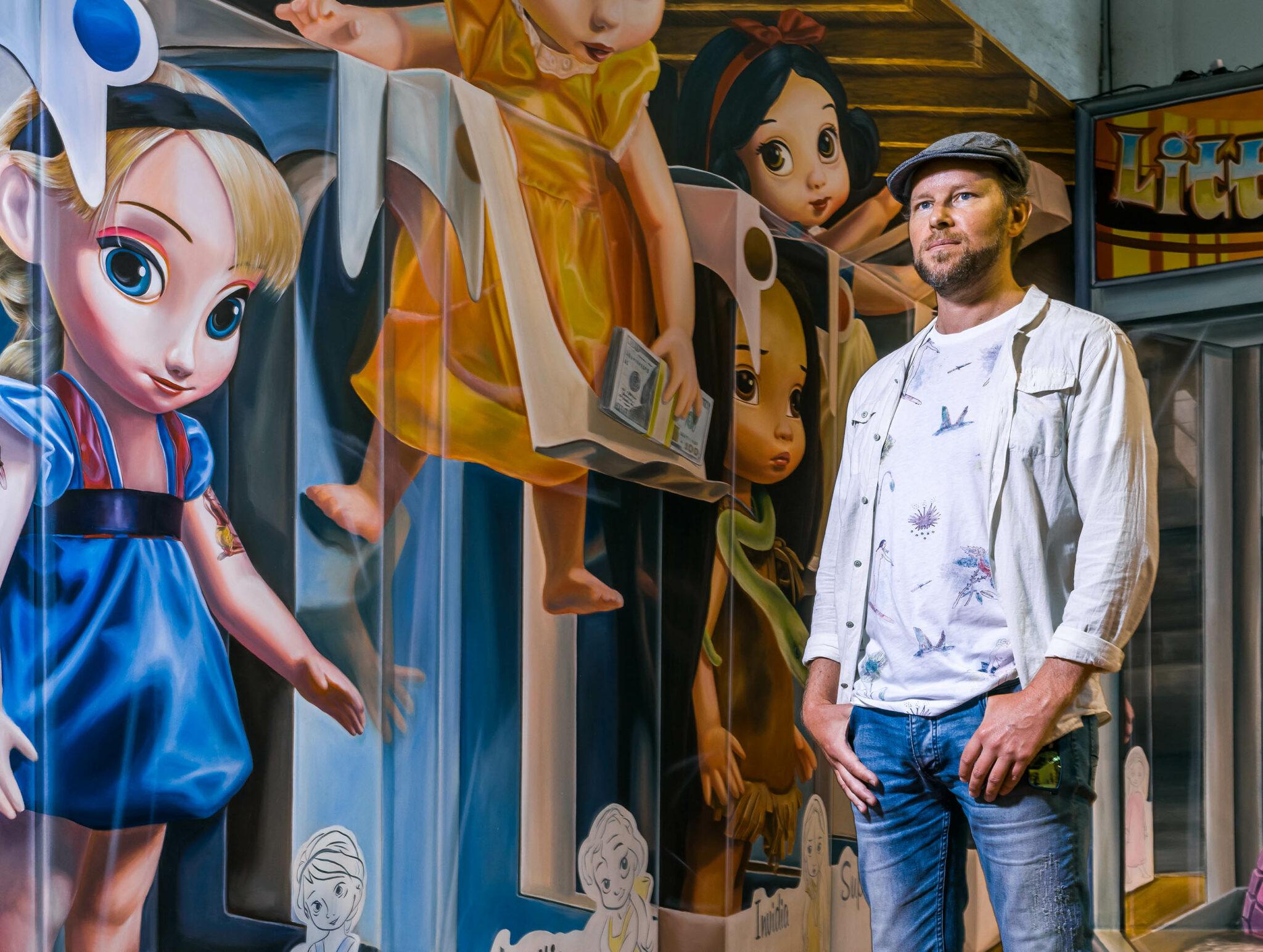 De schilderingen van Leon zijn over de hele wereld te zien.