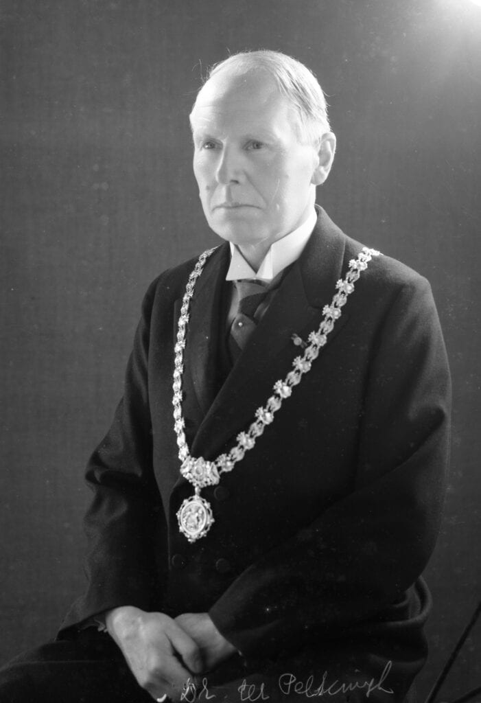 burgemeester gerhard ter pelkwijk