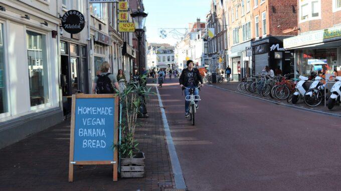 fietsen fietsstraat witte vrouwenstraat homemade vegan bananenbrood
