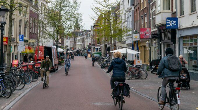 fiets voorstraat utrecht lente mei