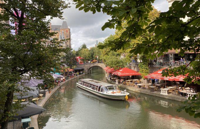herfst 2021 mensen terras centrum utrecht