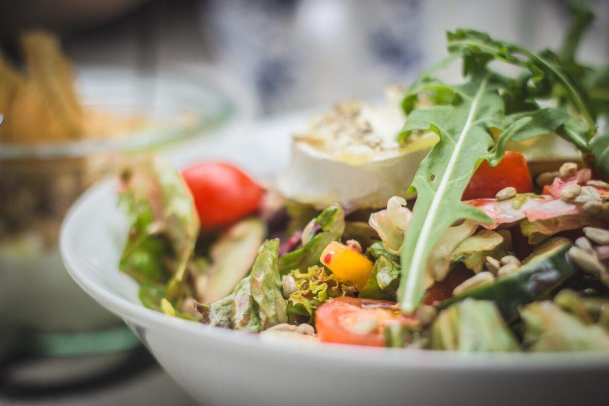 lunchen in Veenendaal salade
