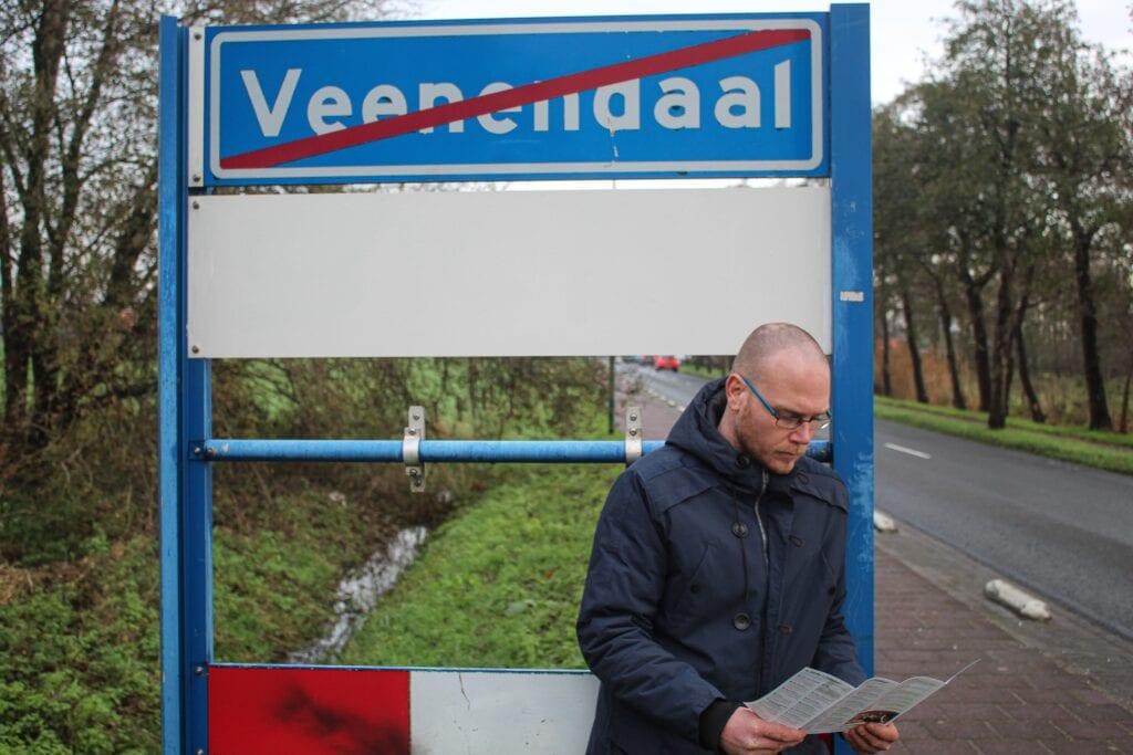 Jeroen probeert alleenstaanden in Veenendaal aan een koopwoning te helpen