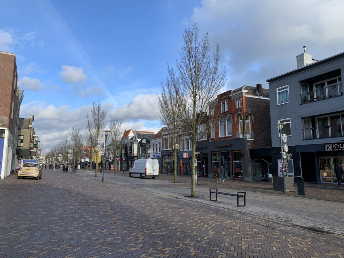 winkelcentrum_winkelen_hoofdstraat_corridor (5)
