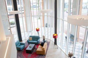 Arnhem 5. Lobby van Bastion Hotel Arnhem (Foto Bastion Hotels)