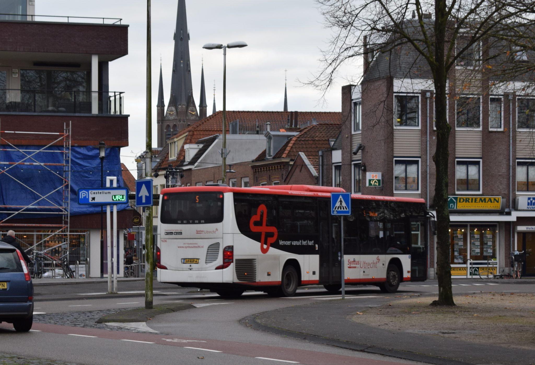 Syntus buslijn 5 Westdam Rijnstraat Meulmansweg dienstregeling hond bus woerden
