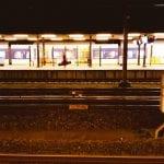 Station Woerden perron avond doen in Woerden