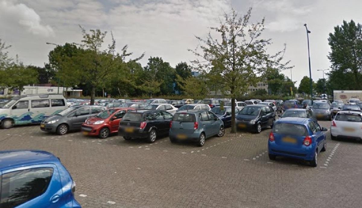 Camera station Woerden parkeerplaats