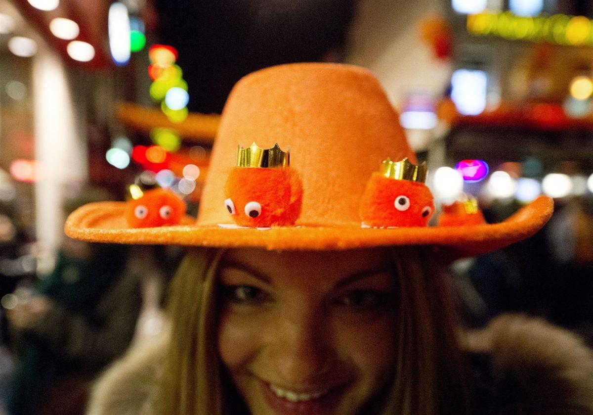 Koningsnacht oranje feest