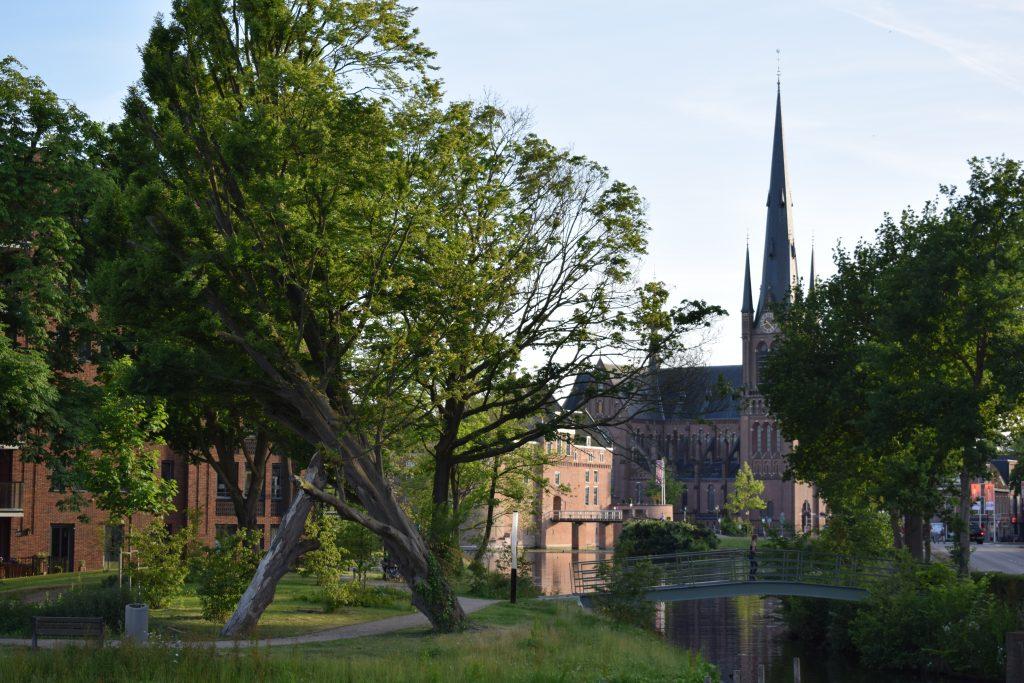 Bonaventurakerk defensie-eiland sfeerfoto omslag