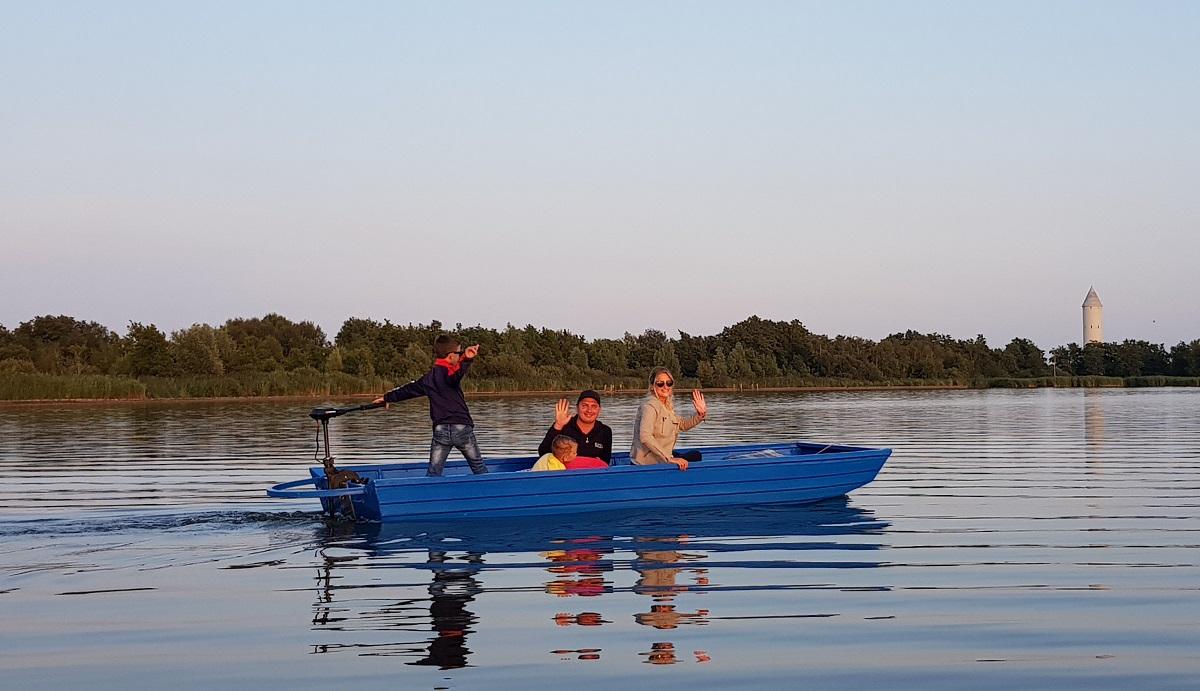 blauwe meije bootje