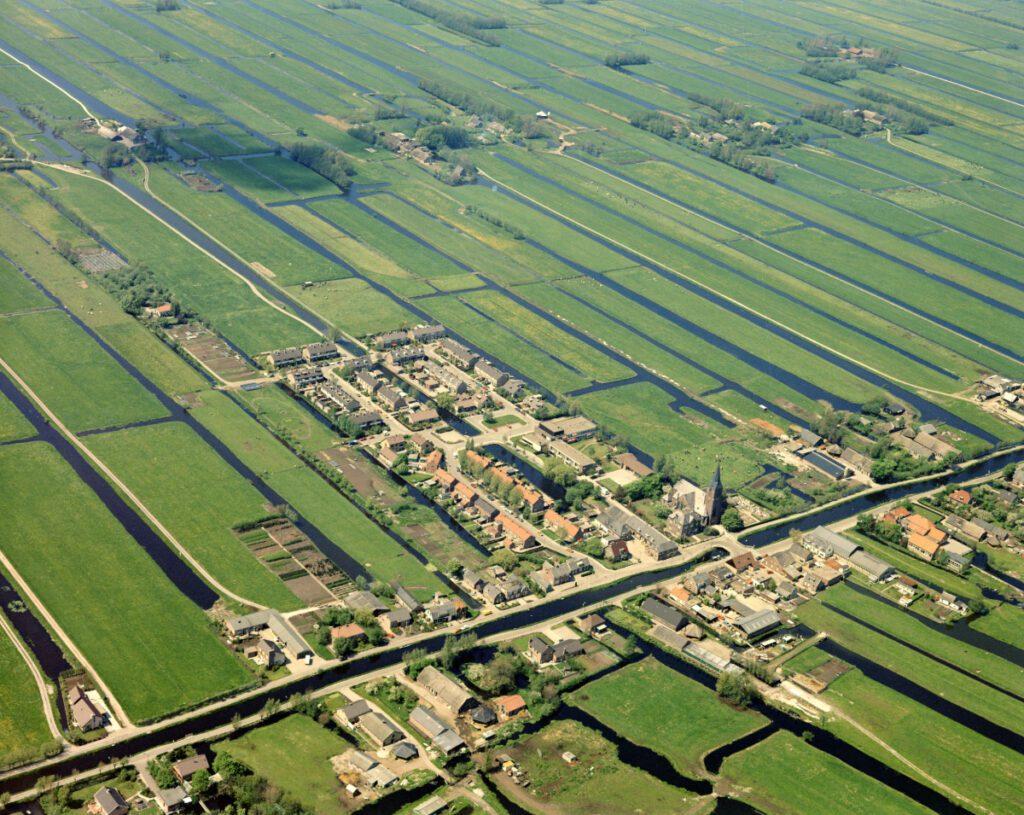 luchtfoto Kamerik