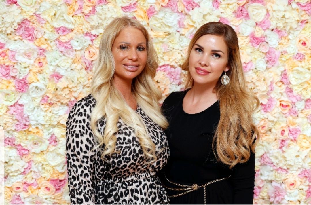 Chantal met Samantha de Jong