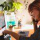 Zelfstandig ondernemer aan het werk, Foto door Los Muertos Crew via Pexels