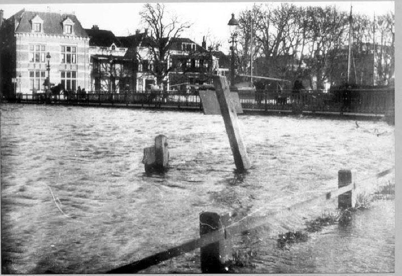 Hoog water Zwolle