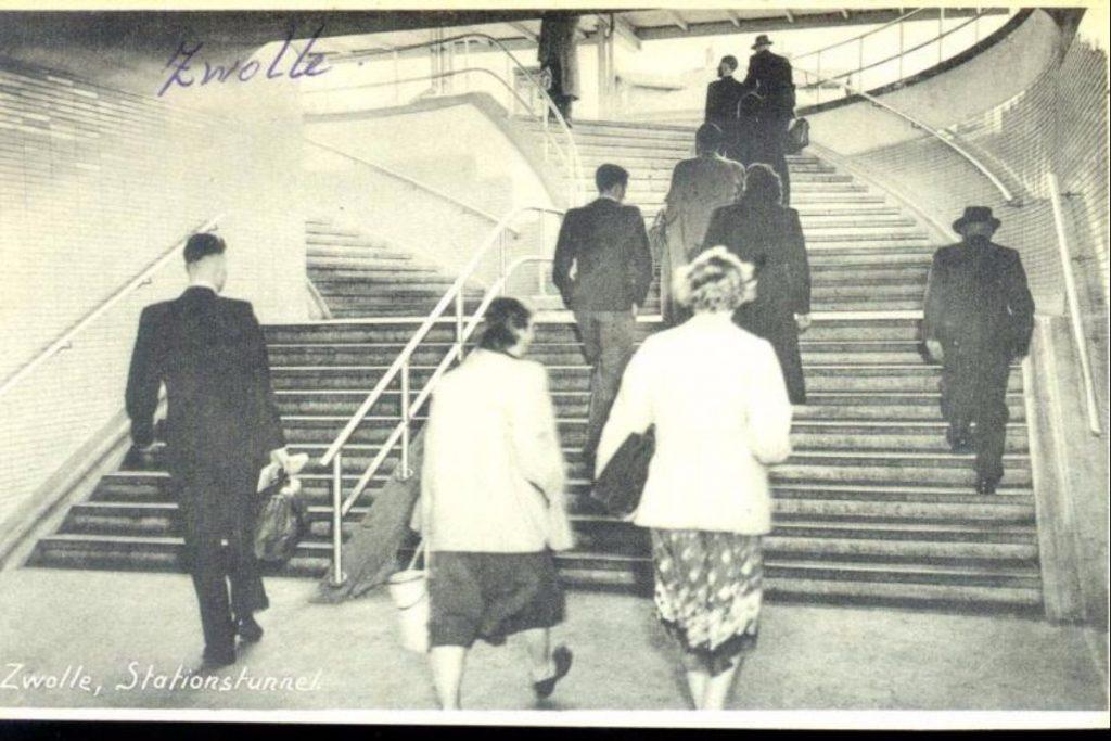 stationstunnel-1960